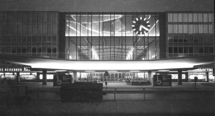 Hauptbahnhof 1951 Foto: Rosemarie Nohr, München